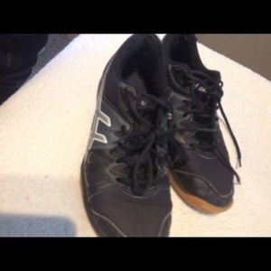 Asics Volleyball Court Shoes